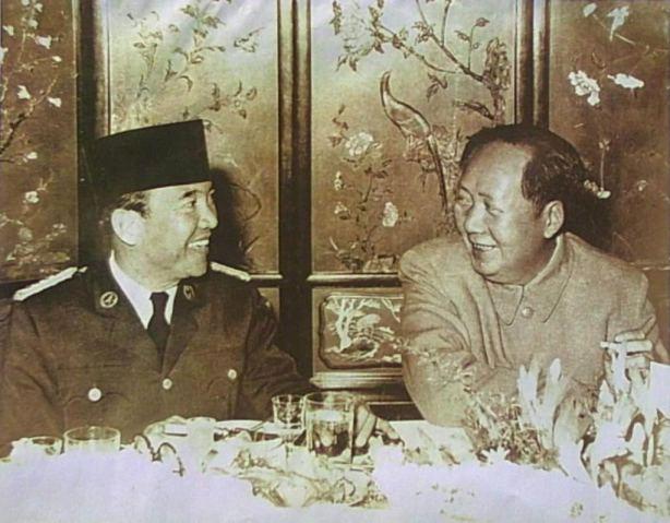 Bung Karno dan Mao